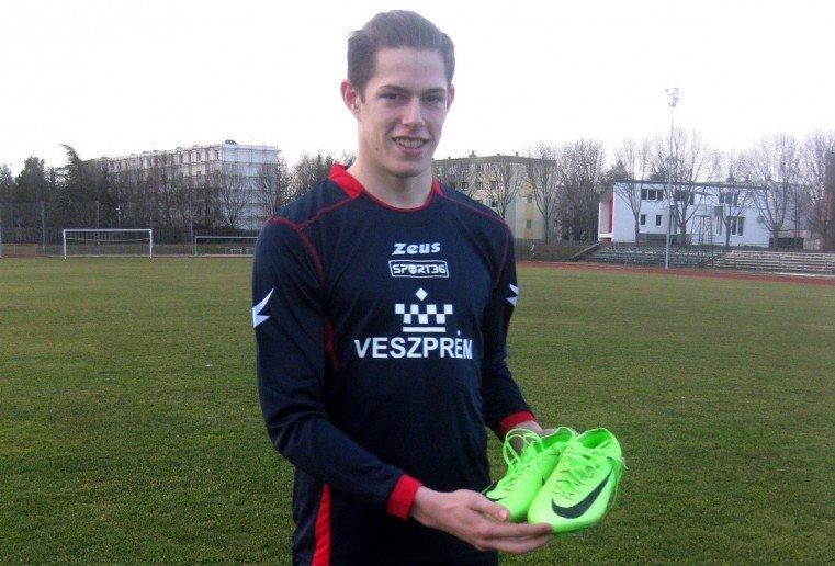 Ajándékkal viszonozta nevelőklubja szeretetét a válogatott focista