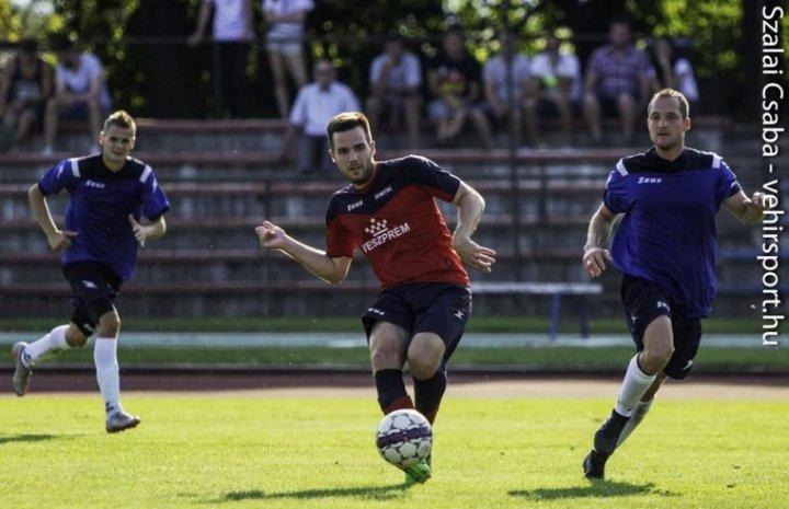 Terítéken a megyei főfogás: VLS Veszprém–Balatonfüredi FC